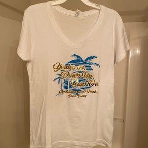 Women's Dierks Bentley tee shirt